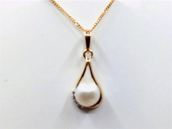 9ct Fresh water pearl pendant