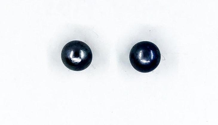 6 mm black fresh water stud silver earring