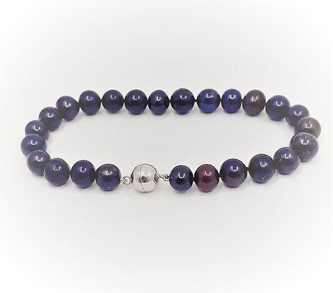 Black round freshwater pearl bracelet