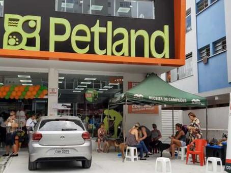 PETLAND BRASIL RECEBE PRÊMIO DE LOJA INTERNACIONAL DO ANO
