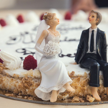 What exactly does a wedding celebrant do?