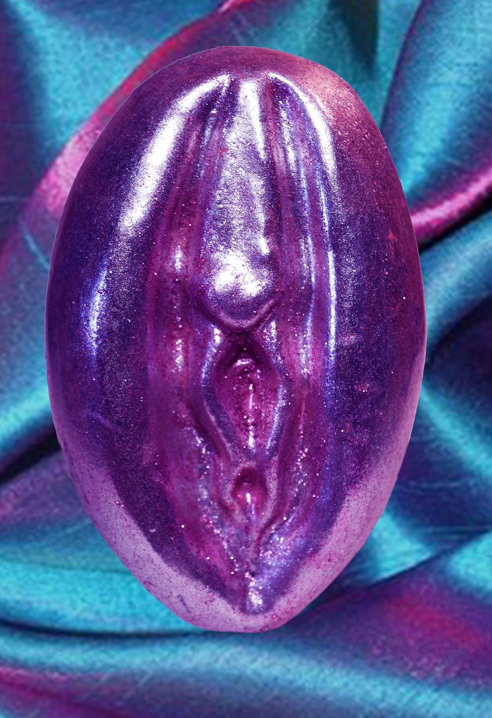 VAGINA, soap, vagina soap, pussy soap, vulva, glitter, hester street hair, howl magazine, howl mag, julia de la torre, fun, kitsch, gift, penis, dildo, penis soap, glitter, pink, beautiful, amazing, purple, pink