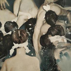 Kirsten Valentine: Dark and Dreamy