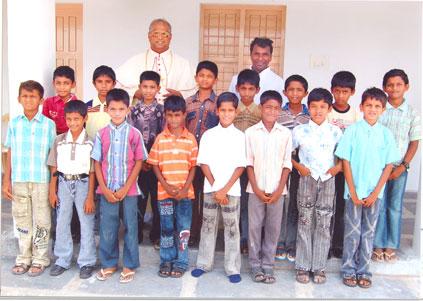 india_orphan16.jpg