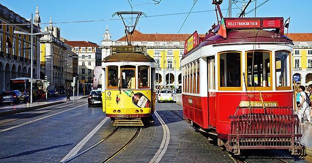 tram-2650096_960_720.jpg