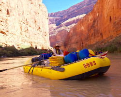 JB rowing his supply raft