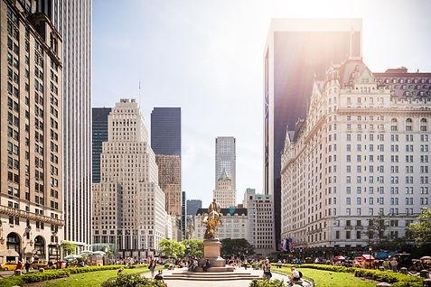 Manhattan-Statue.jpeg