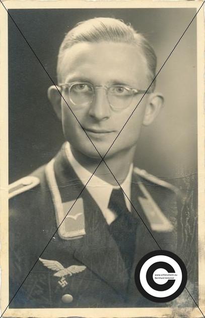 Soldat vom Musikzug (2).jpg