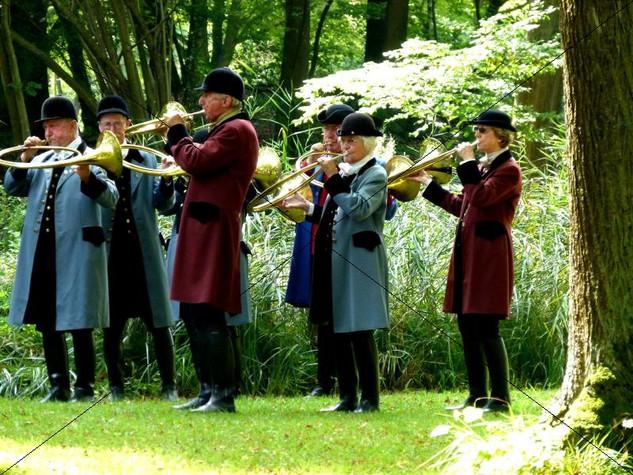 Schleppjagd am Schloss 2011 (12).jpg
