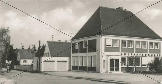 Bezirksstrasse Lohhof (11).jpg
