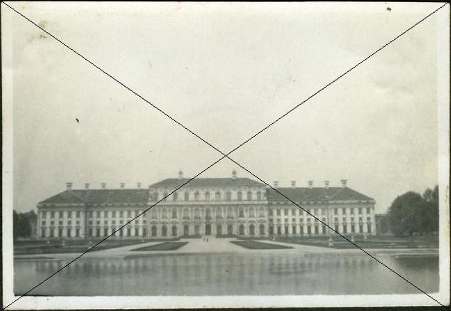 Neues Schloss (2).jpg