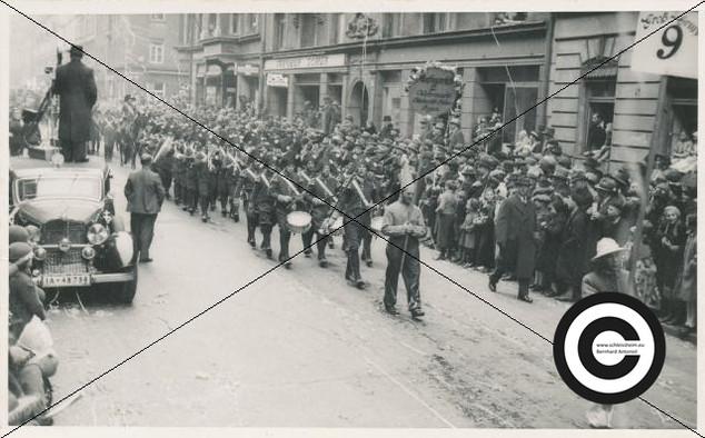 Musikzug der Fliegergruppe 1938 (4).jpg