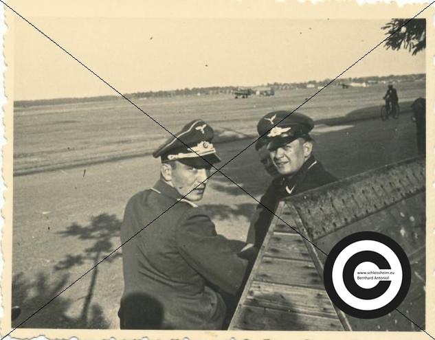 Offiziere der Zerstoererschule.jpg