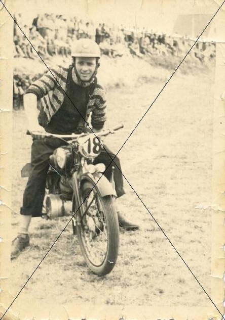 Motorradrennen in Lohhof (4).jpg