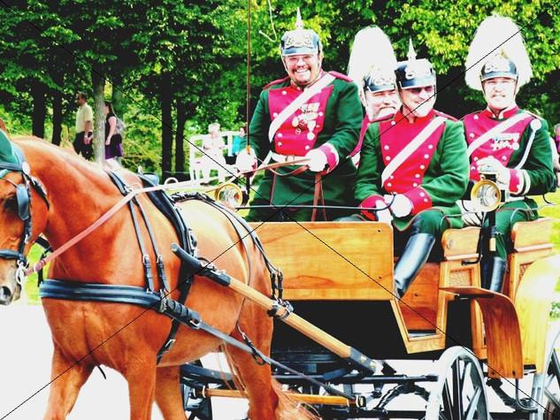 Schleppjagd am Schloss 2011 (1).jpg