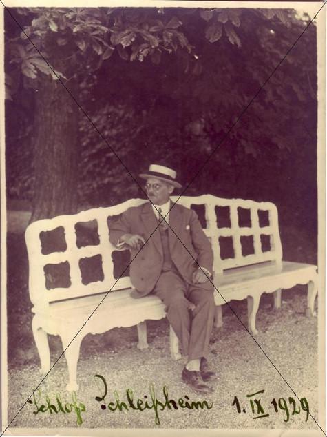 Schlosspark 1. September 1929.jpg