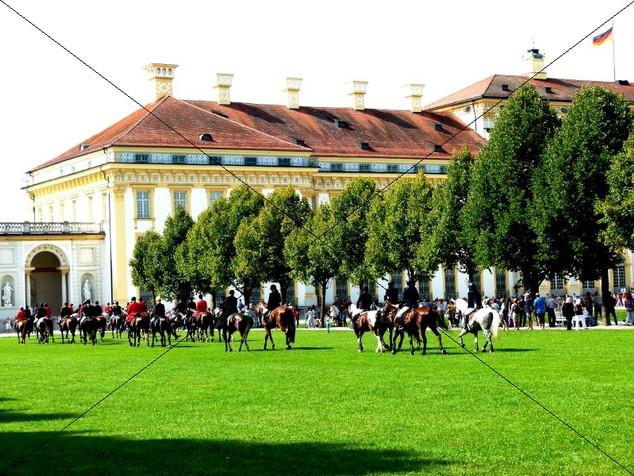 Schleppjagd am Schloss 2011 (37).jpg