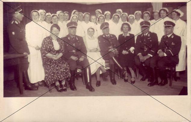 Rot Kreuz Schwestern Lohhof.jpg
