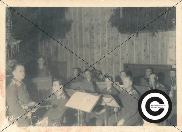 Musikzug der Fliegergruppe (14).jpg