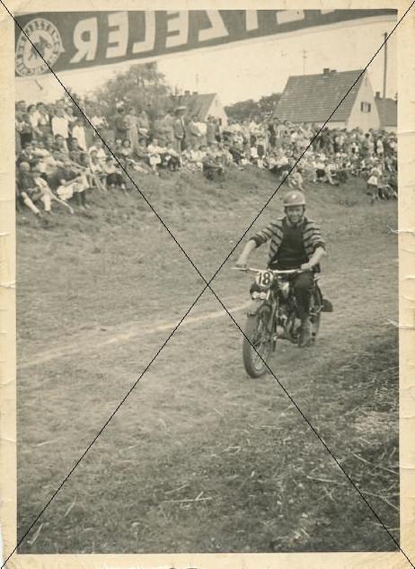 Motorradrennen in Lohhof (6).jpg