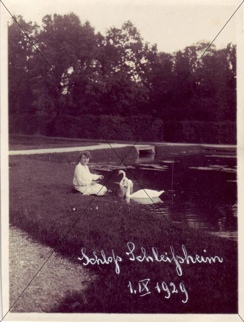 Schlosspark 1. September 1929 (2).jpg