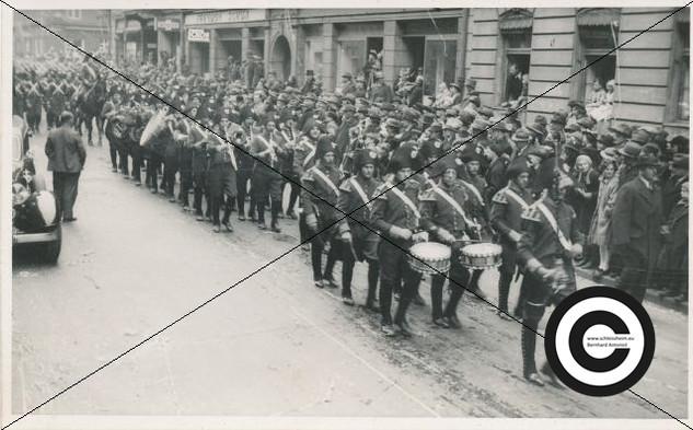 Musikzug der Fliegergruppe 1938 (7).jpg