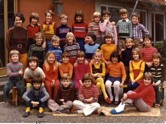 1977 2. Klasse Frau Engel