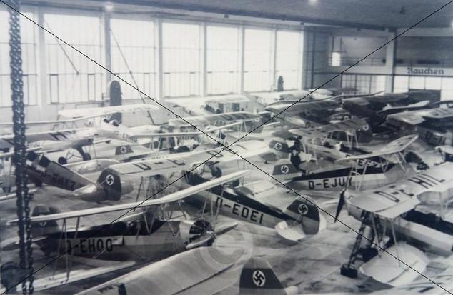 Flugzeughalle am Fliegerhorst