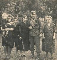 Franzi, Tante Liselotte Holzapfel, Erich