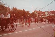 Volksfesteinzug 70er jahre.jpg