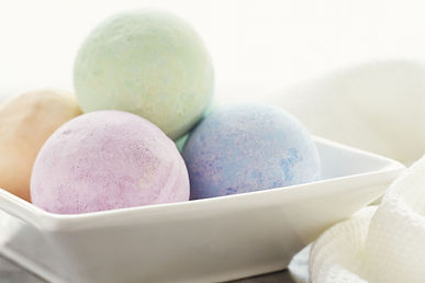 Bath-bombs-GettyImages-89005561-58e64757