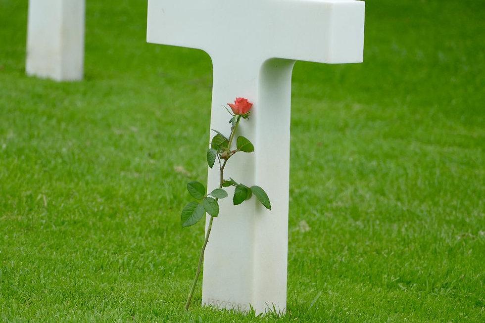 Funeral cross.jpg