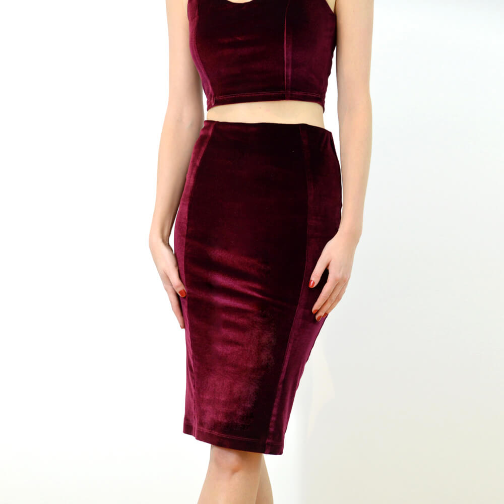 https://www.wearestylecamp.com/product-page/wiggle-pencil-skirt-red-velvet