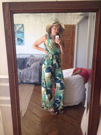 Enora is ready for her holiday in Stylecamp's Marlene jumpsuit - picture c/o customer