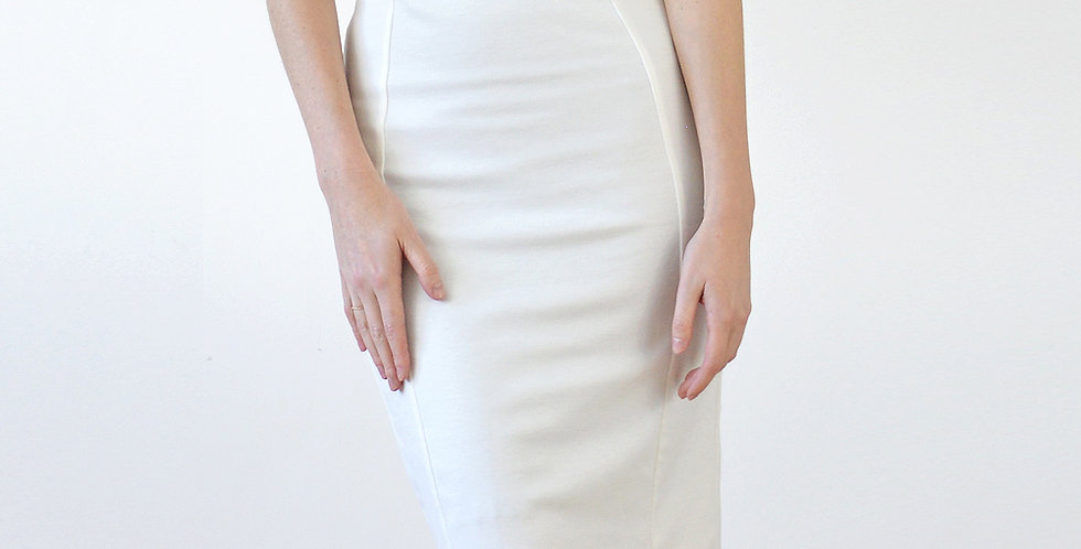 Riviera Style Stretch Jersey Fitted Pencil Skirt in White front view