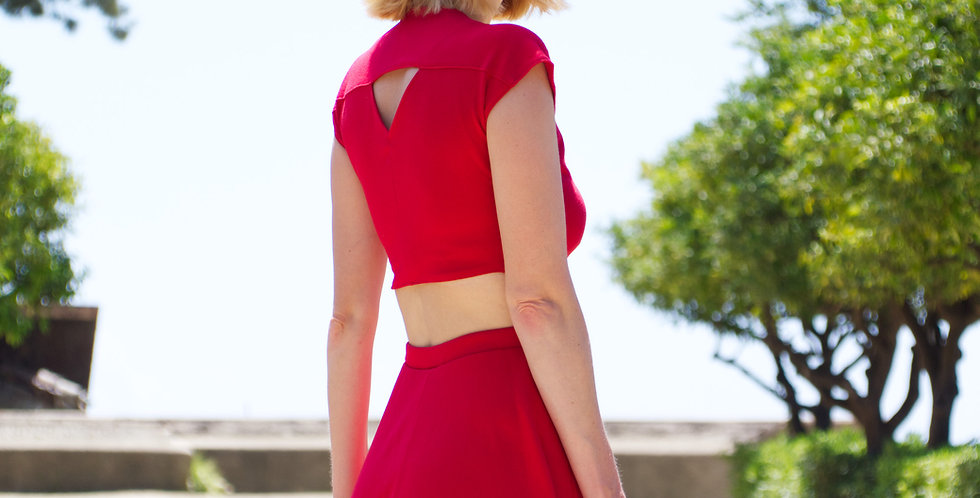 Lupe two piece set in red