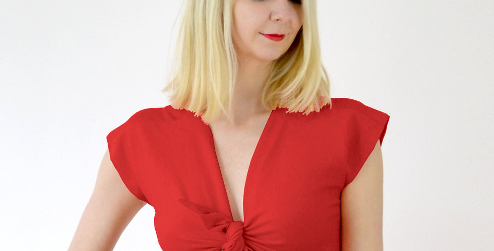 Ava Vintage Inspired Tie Front Crop Top in Red close up front view