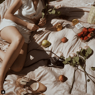 Mary wore Stylecamp's Ava two piece set to her vintage summer days picnic - picture c/o Mary Bordelon