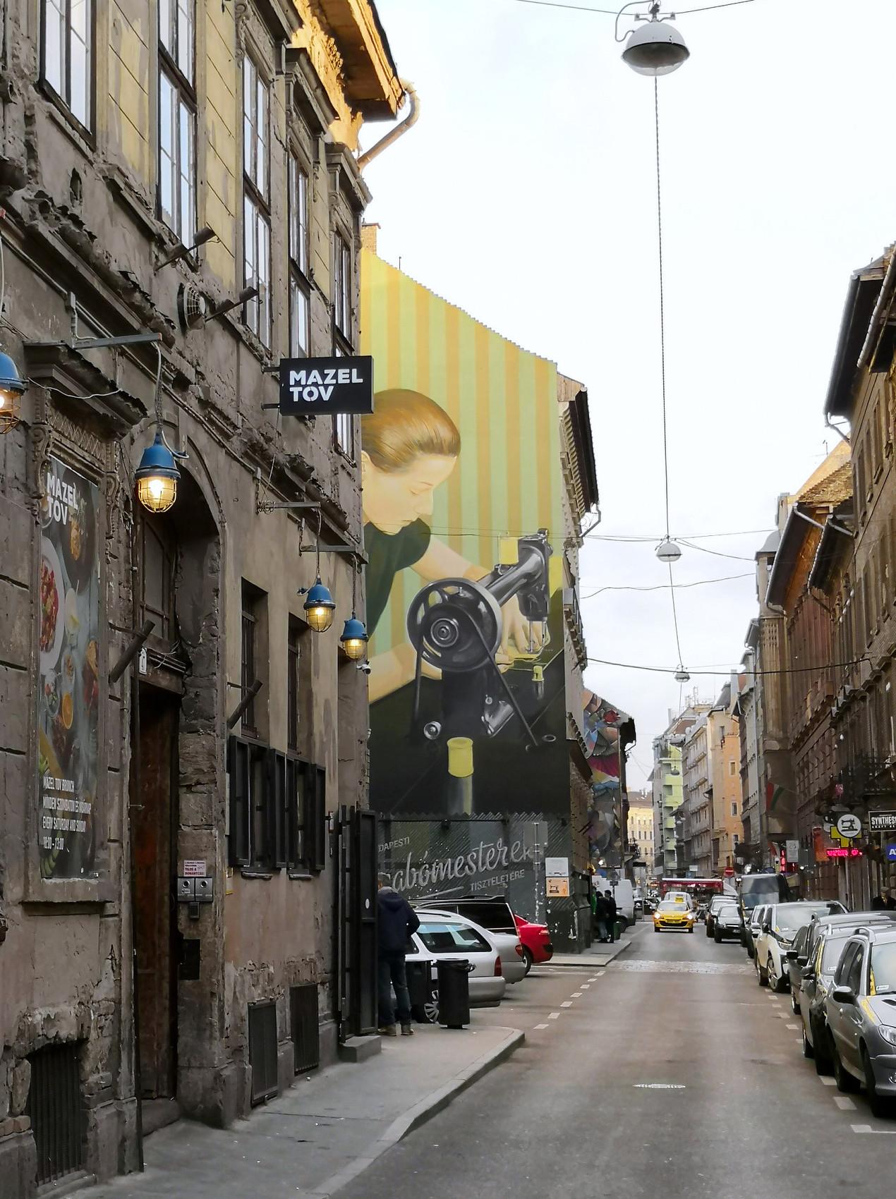 Mazel Tov, Budapest