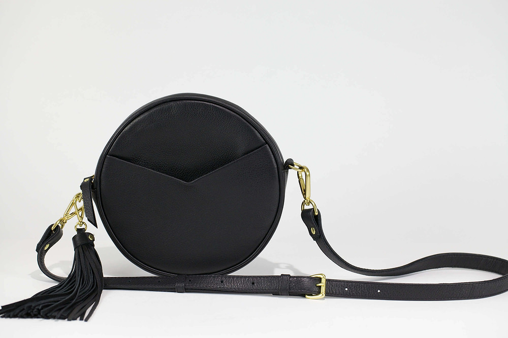 The circle bag