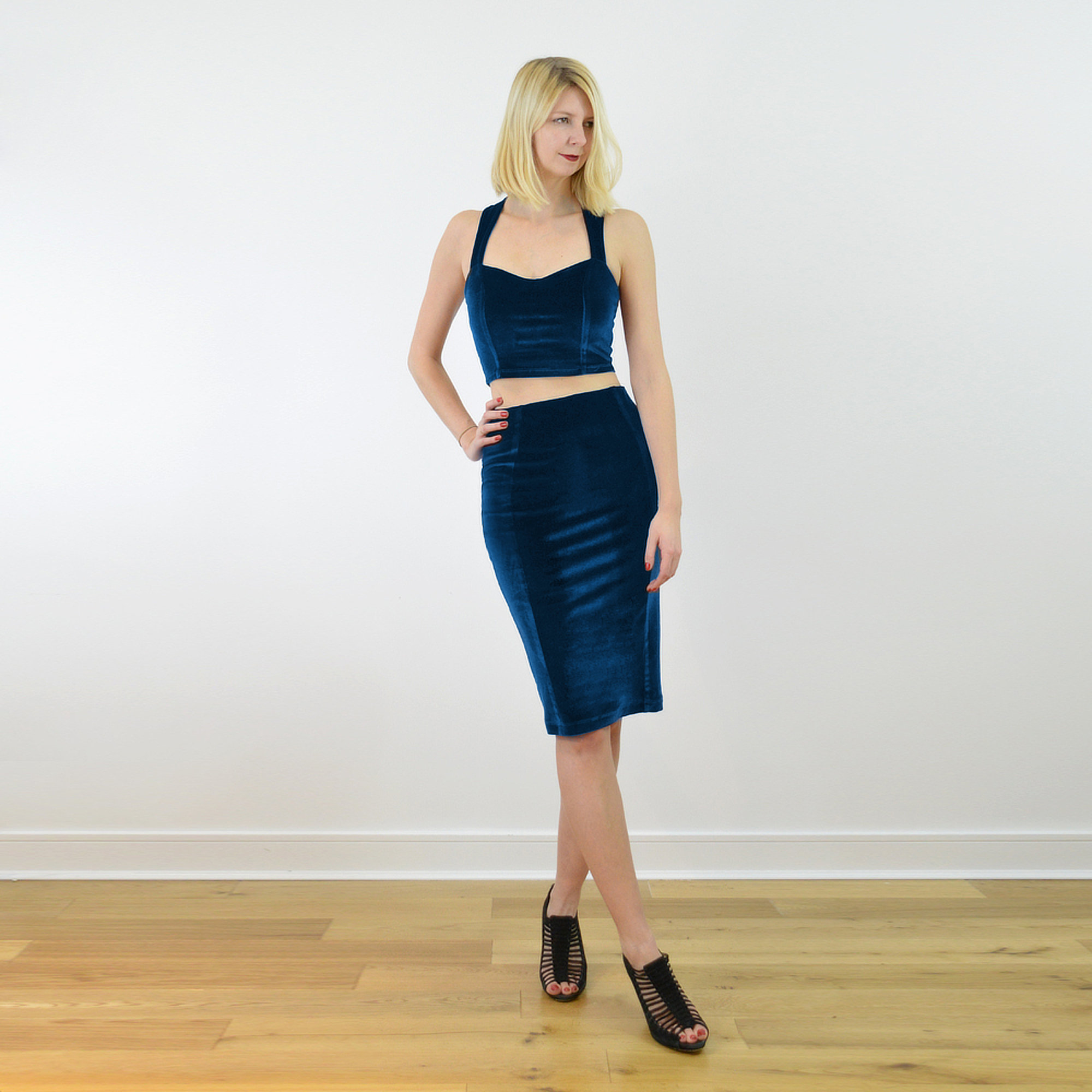 Kirsten Crop Top And Pencil Skirt Set In Navy Blue Velvet Stylecamp