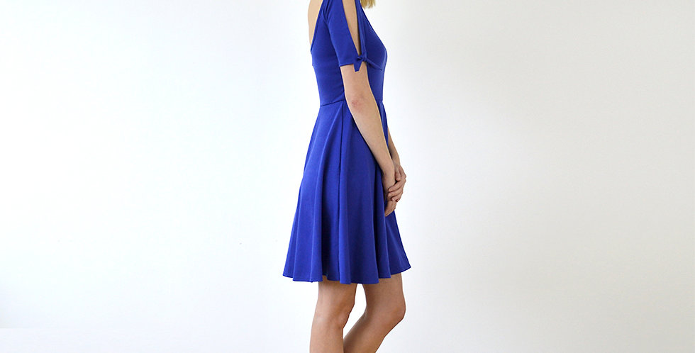Vintage Style Open Sleeve Midi Sundress in Royal Blue full front view