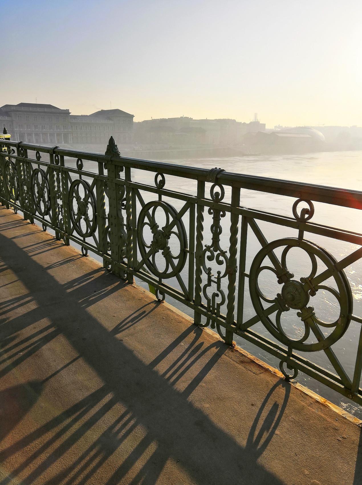Sunrise on Liberty Bridge, Budapest