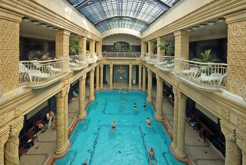 Gellért bath main pool - picture c/o gellertspa.com