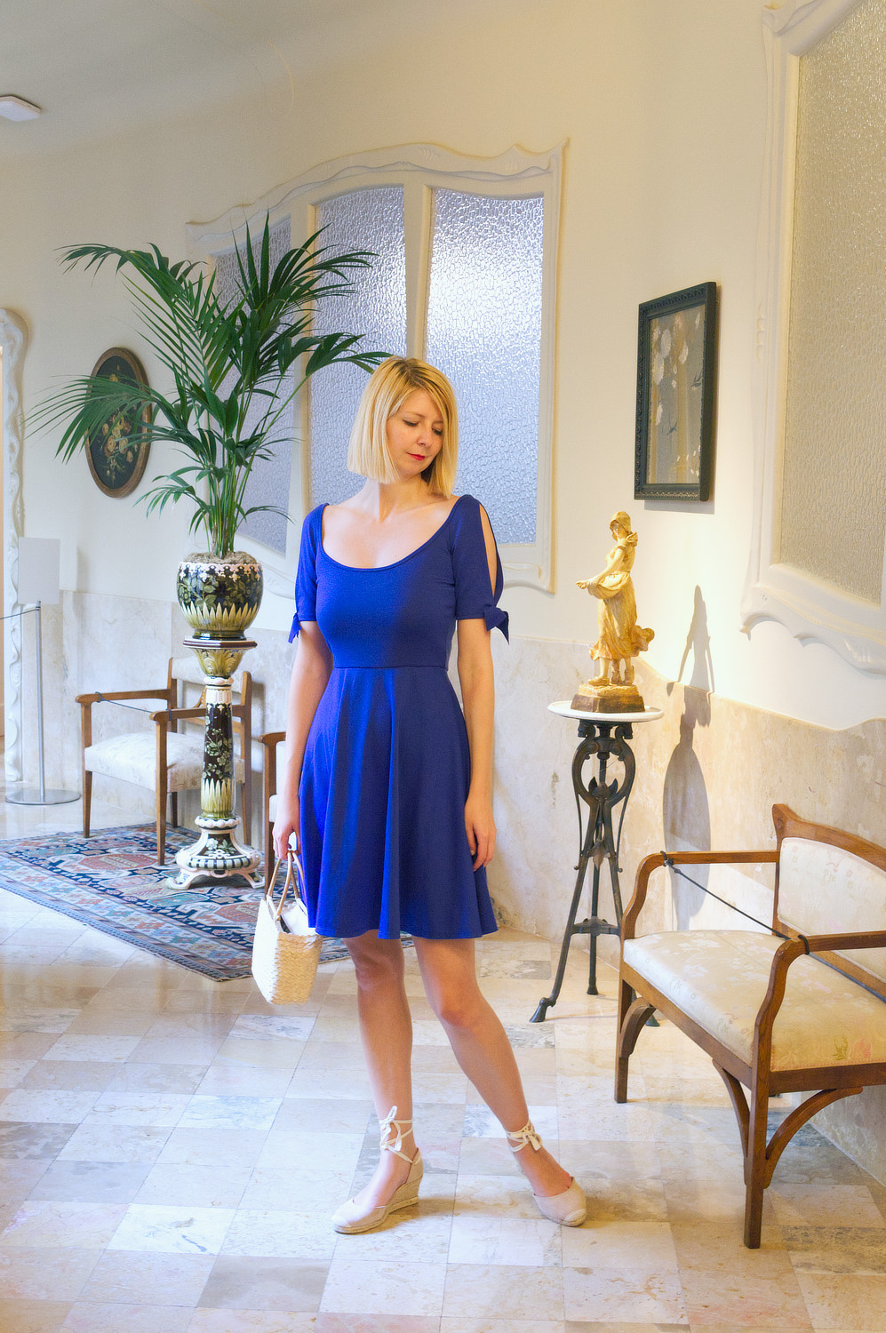 Stylecamp's Nanette dress in the Casa Mila apartment