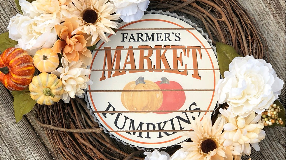 Farmers Market Pumpkin Wreath-18 inch grapevine base
