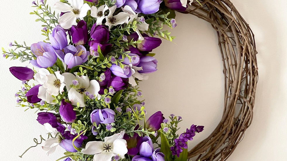 Tulip Wreath-14 inch grapevine base (monogram can be added)