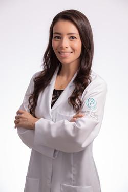 Dra. Paula Ferreira