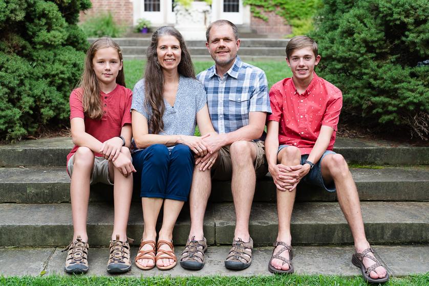Zwart family_2021_4x6-8.jpg