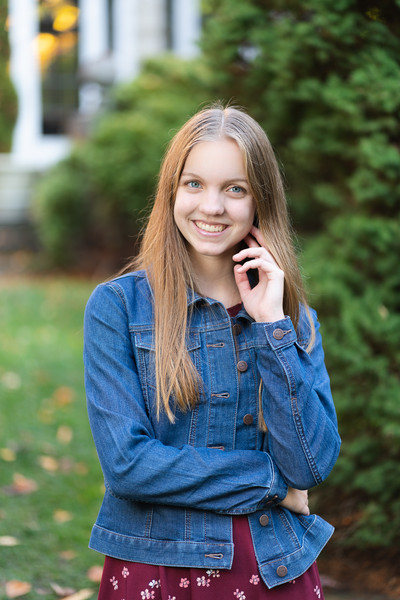 Hannah Ponstine_senior_4x6_2020-46.jpg